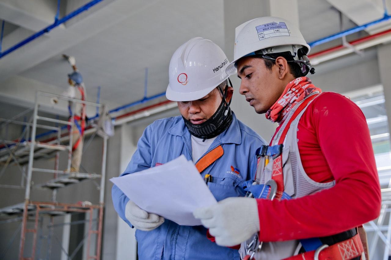 Custo unitário do trabalho cai e eleva competitividade da indústria brasileira, aponta CNI